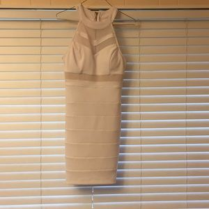 A white graduation dress
